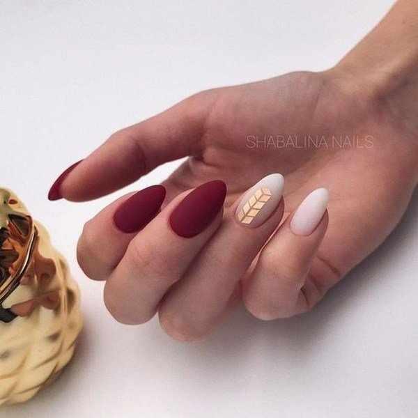 Модный цвет бордо в дизайне ногтей 2020-2021: восхитительные новинки на фото
