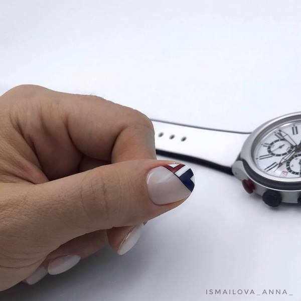 Красивый маникюр минимализм 2020-2021 в новых техниках и стилях
