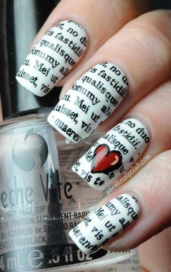 газетный дизайн ногтей с сердечком Newspaper nail design