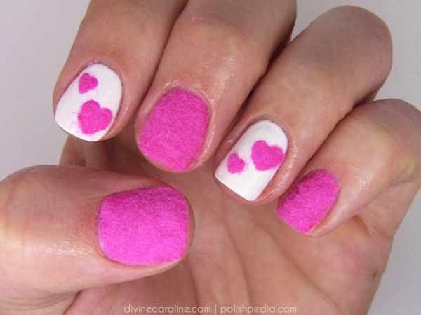 дизайн бархатных ногтей сердечки velvet nail design
