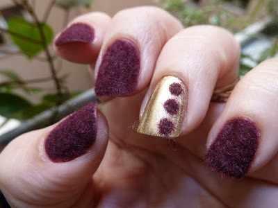 дизайн бархатных ногтей тёмный бархат velvet nail design