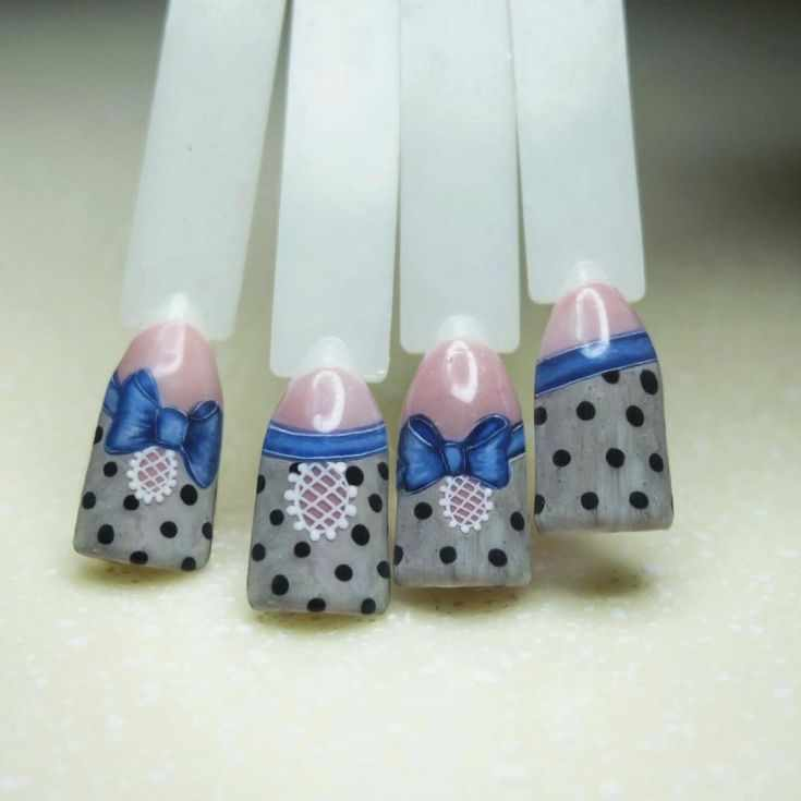 бантики на ногтях