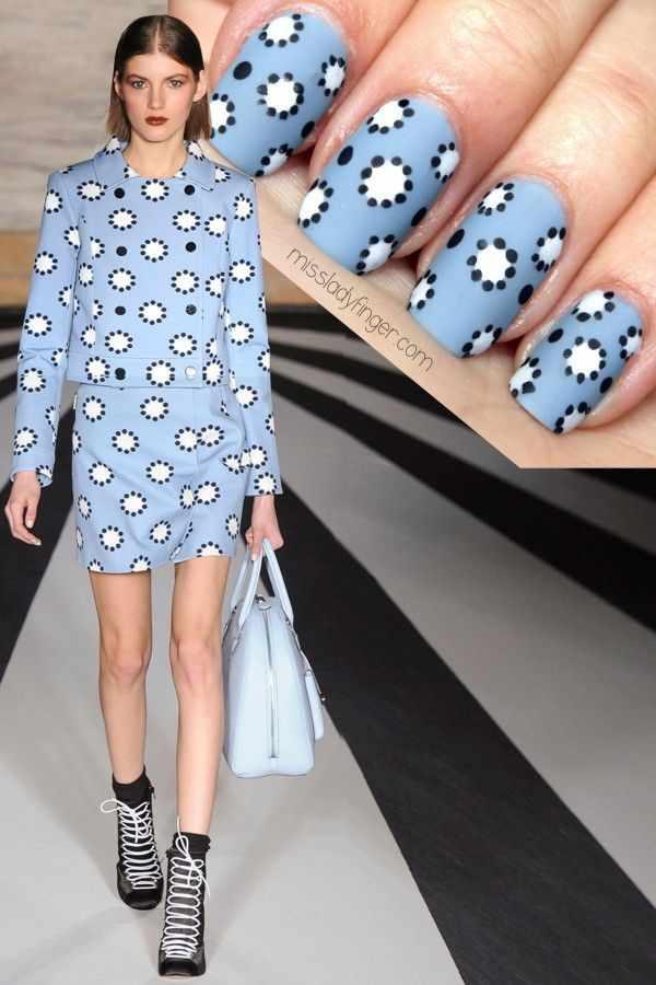 manicure under a blue dress маникюр под синее платье дизайн дотсом