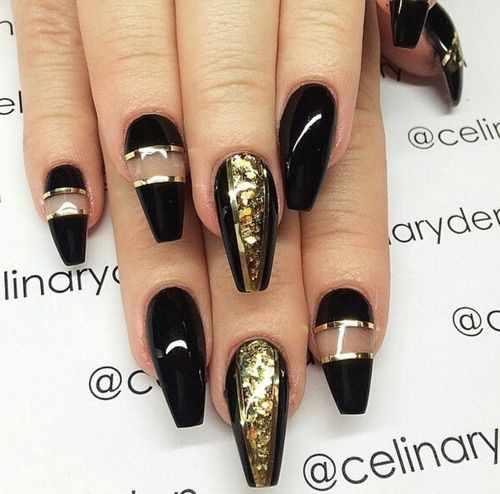золотой дизайн ногтей на типсах