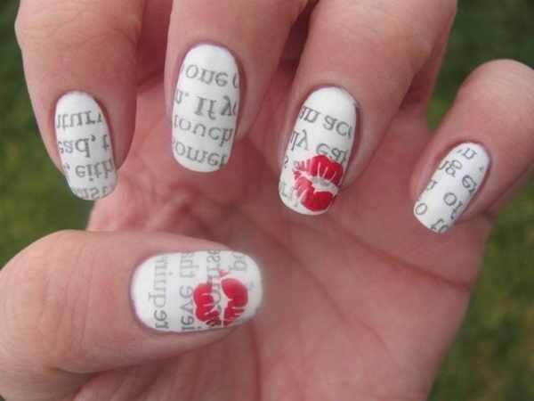 газетный дизайн ногтей поцелуй Newspaper nail design
