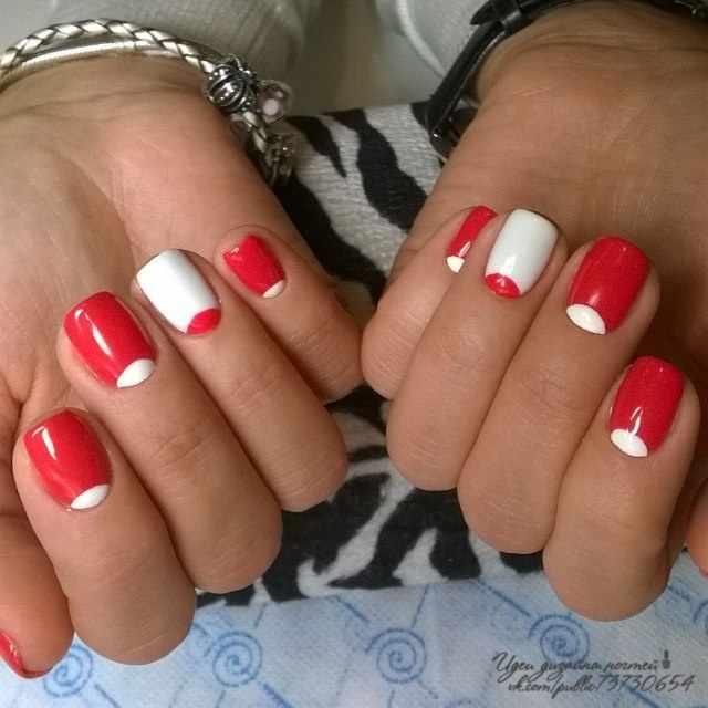 beautiful red manicure white lunar красно белый маникюр лунный
