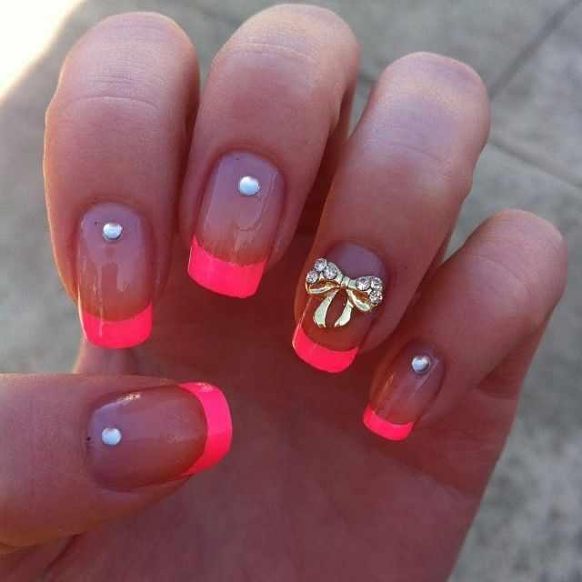 оранжевый маникюр ногтей кончики