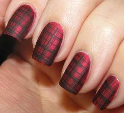 red black manicure красно чёрный дизайн ногтей клетчатый
