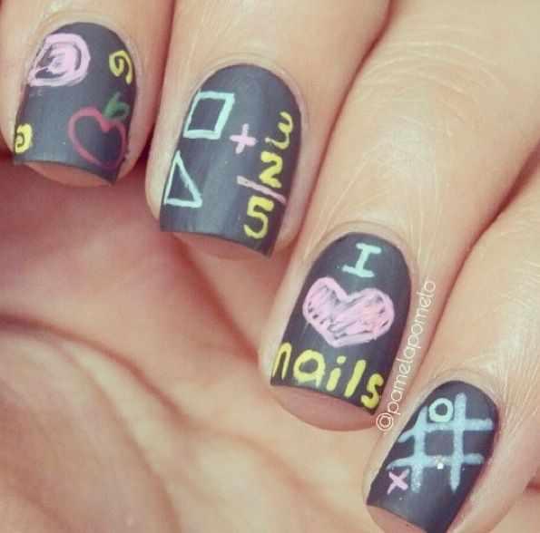 школьный дизайн ногтей крестики нолики
