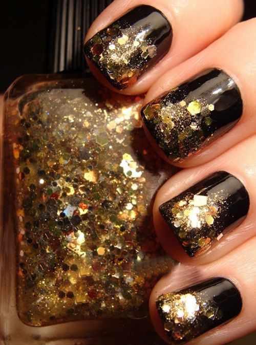 золотой дизайн ногтей паетки