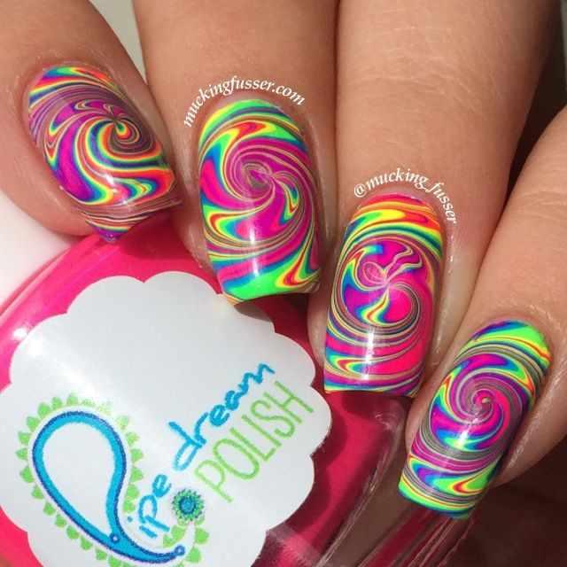 водный дизайн ногтей радуга