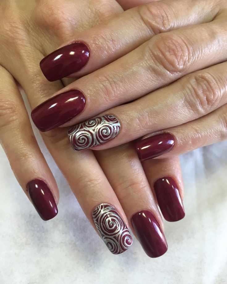 Бордовый маникюр на длинные ногти