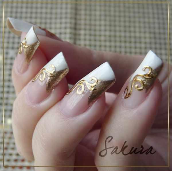 золотой дизайн ногтей роспись