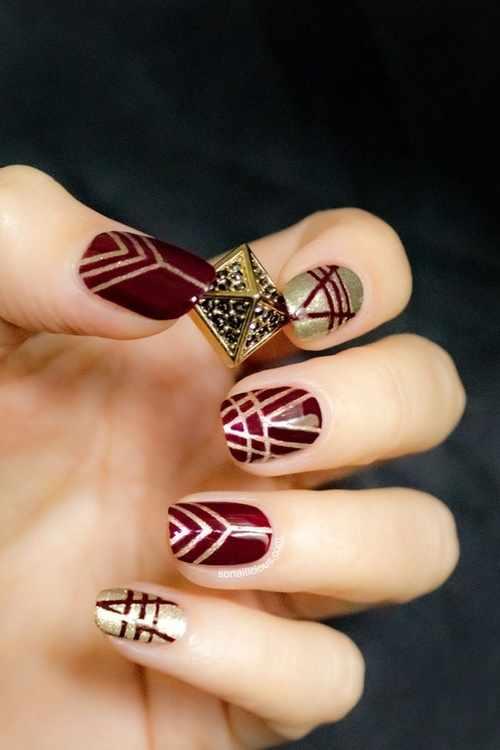 геометрический дизайн ногтей пирамида красный золото