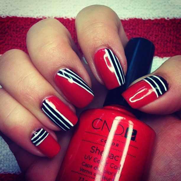 CND schellac дизайн красный с полосками
