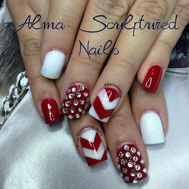 beautiful red manicure white красно белый маникюр со стразами