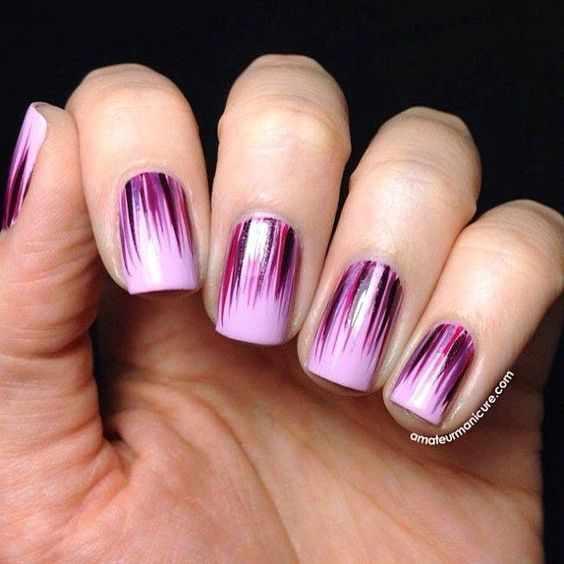 маникюр с лиловым цветом