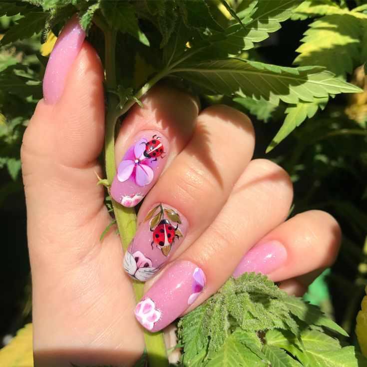 акриловый дизайн ногтей