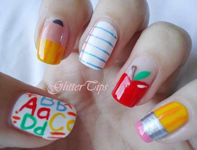 школьный дизайн ногтей глиттер