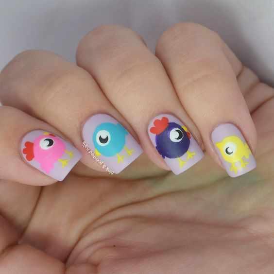 дизайн ногтей с рисунком петуха, курицы на новый год 2017