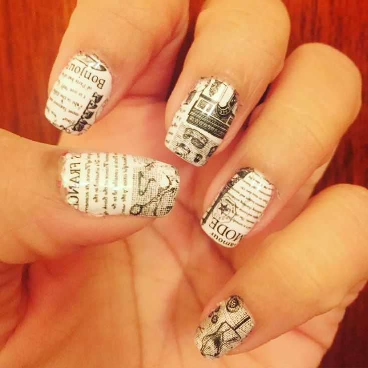газетный дизайн ногтей