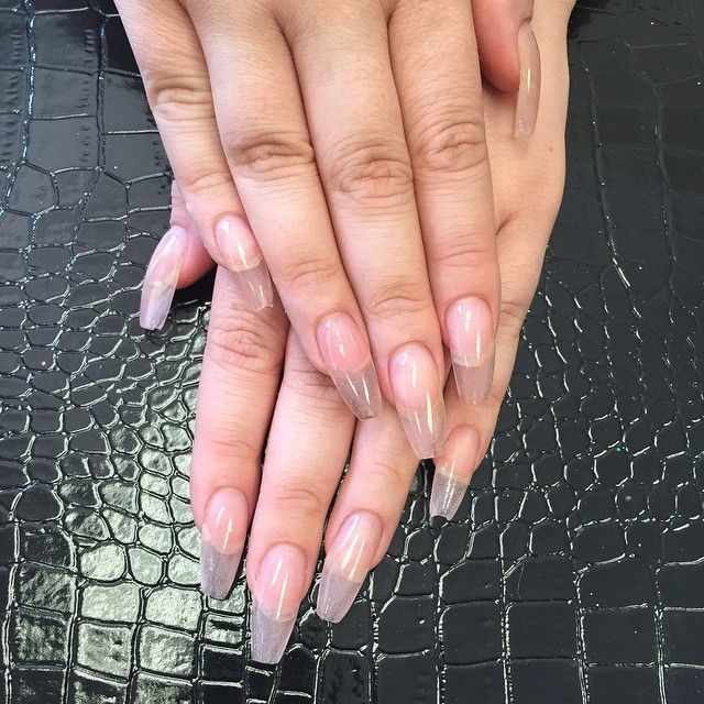 transparent nail design прозрачный маникюр крокодиловая сумочка manicure with transparent tips
