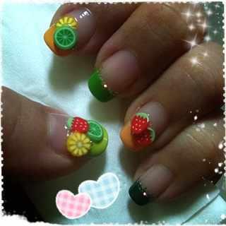 дизайн ногтей с фимо клубника nail design Fruit