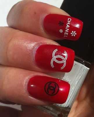 дизайн ногтей шанель красный цвет
