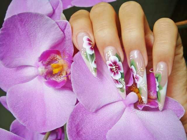 модный дизайн ногтей от чемпионов цветочный маникюр design of extension of long nails