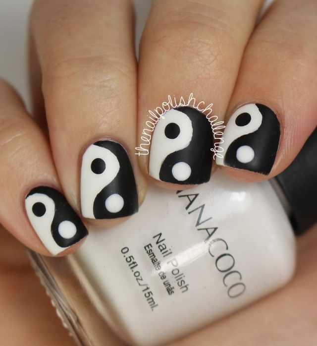 nails yin yang short