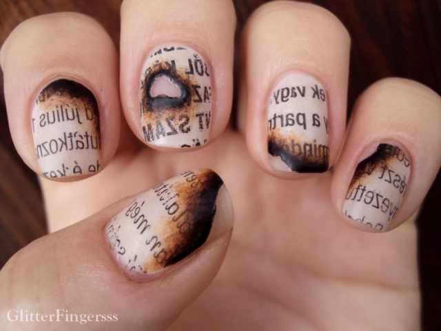 газетный дизайн ногтей обгорелая газета Newspaper nail design