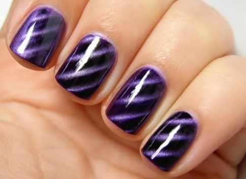 дизайн ногтей кошачий глаз фиолетовый