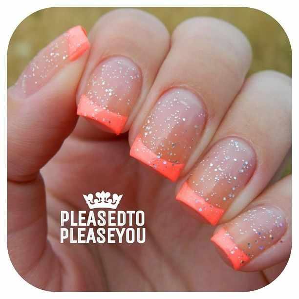 оранжевый маникюр ногтей блёстки