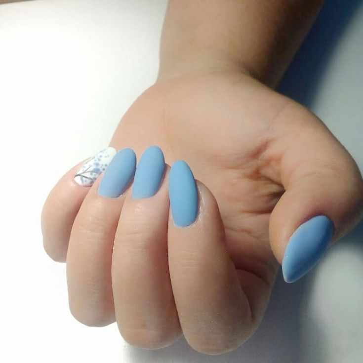 68+ фото голубой маникюр