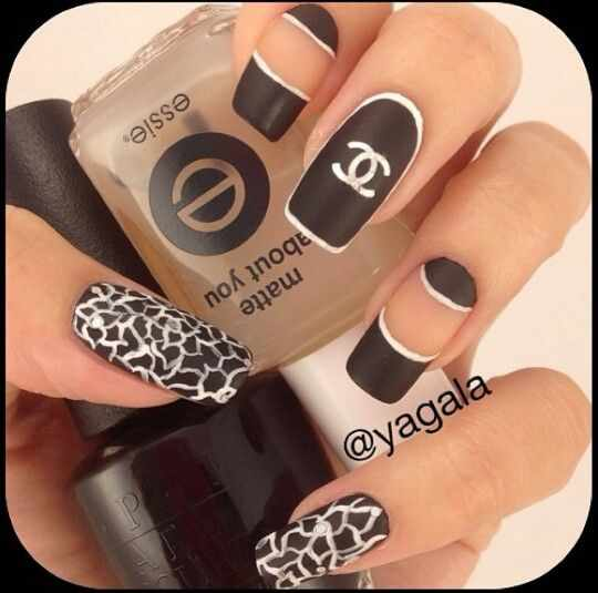 дизайн ногтей шанель белая кайма по окружности ногтя