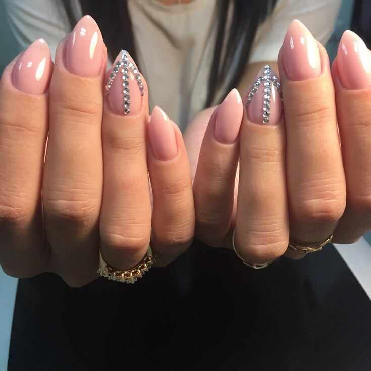 дизайн ногтей гель лаком модные тенденции маникюра