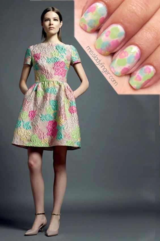 маникюр под цвет платья