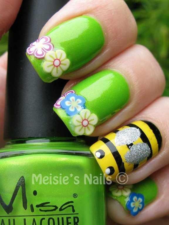 дизайн ногтей с фимо цветы пчёлка nail design Fruit