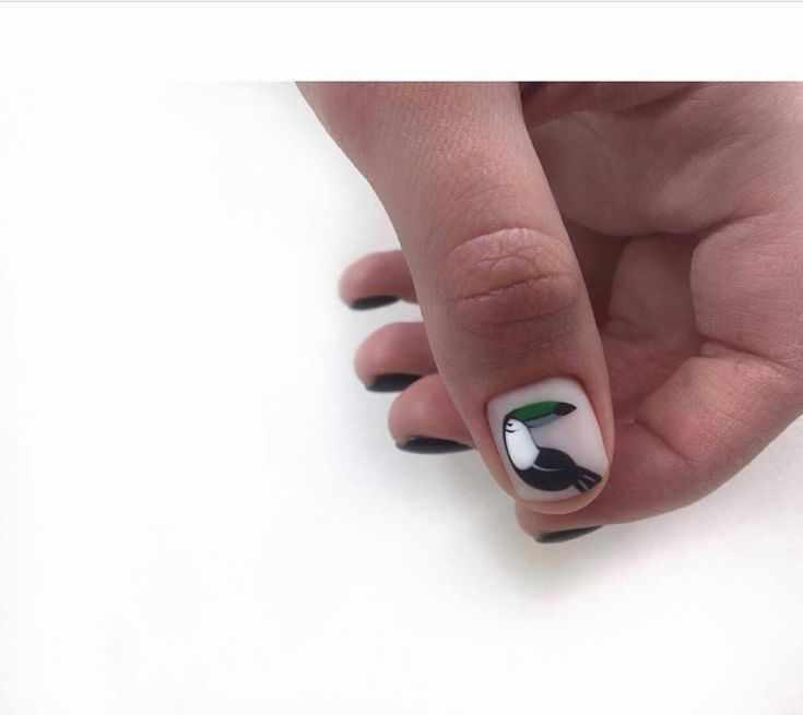 модный маникюр коротких ногтей