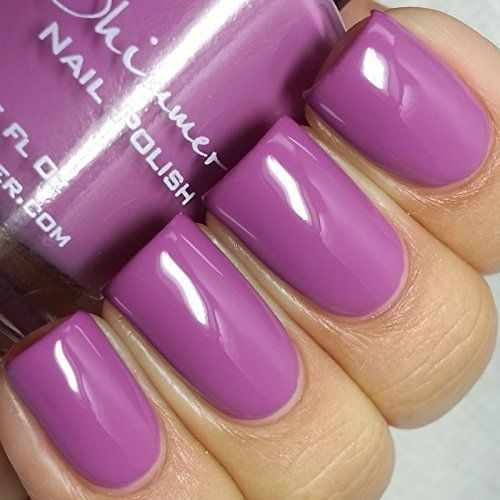 гель лак лилового цвета