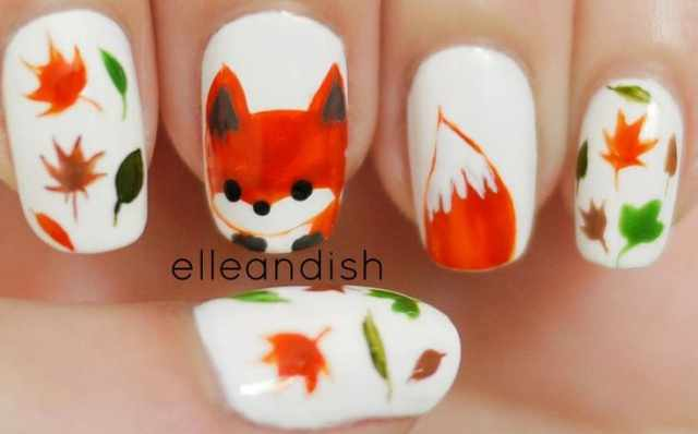 оранжевый маникюр ногтей лисичка
