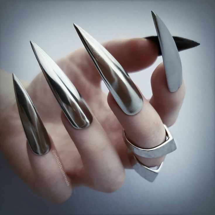 фото новинки дизайна ногтей 1 марта 2018