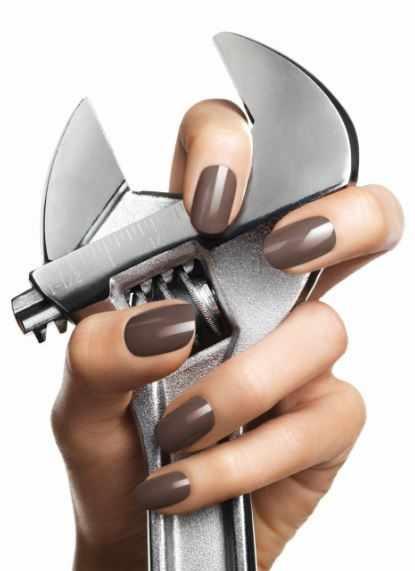 CND schellac дизайн коричневый разводной ключ