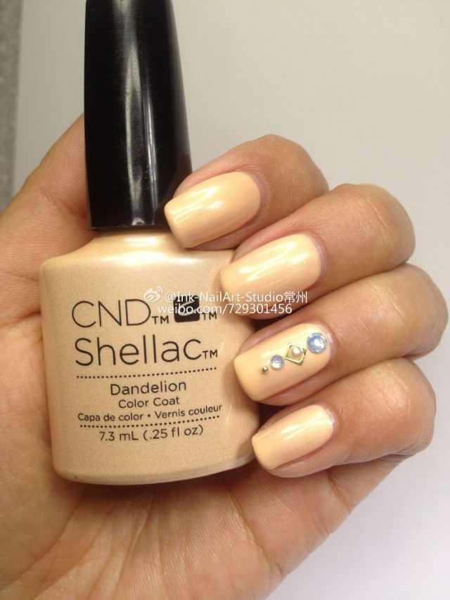 CND schellac дизайн dandelion