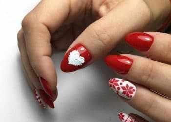 JamAdvice_com_ua_Drawings-on-the-nails-on-the-new-year-theme-30