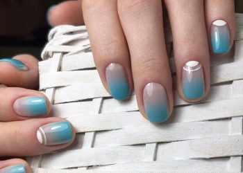 JamAdvice_com_ua_colorful-moon-manicure-43