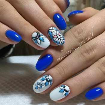 JamAdvice_com_ua_blue-nail-art-with-a-pattern_19