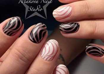 JamAdvice_com_ua_Negative-space-in-the-summer-manicure-c265fc17a8348211088d0047c0474311manicure-natural-nail-studio