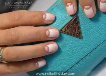 JamAdvice_com_ua_colorful-moon-manicure-16