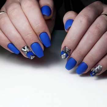 JamAdvice_com_ua_drawings-on-nails-geometric-1